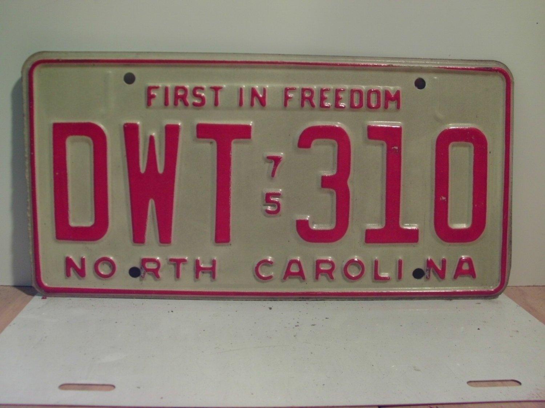 1975 North Carolina NC Passenger YOM License Plate DWT-310 Excellent!