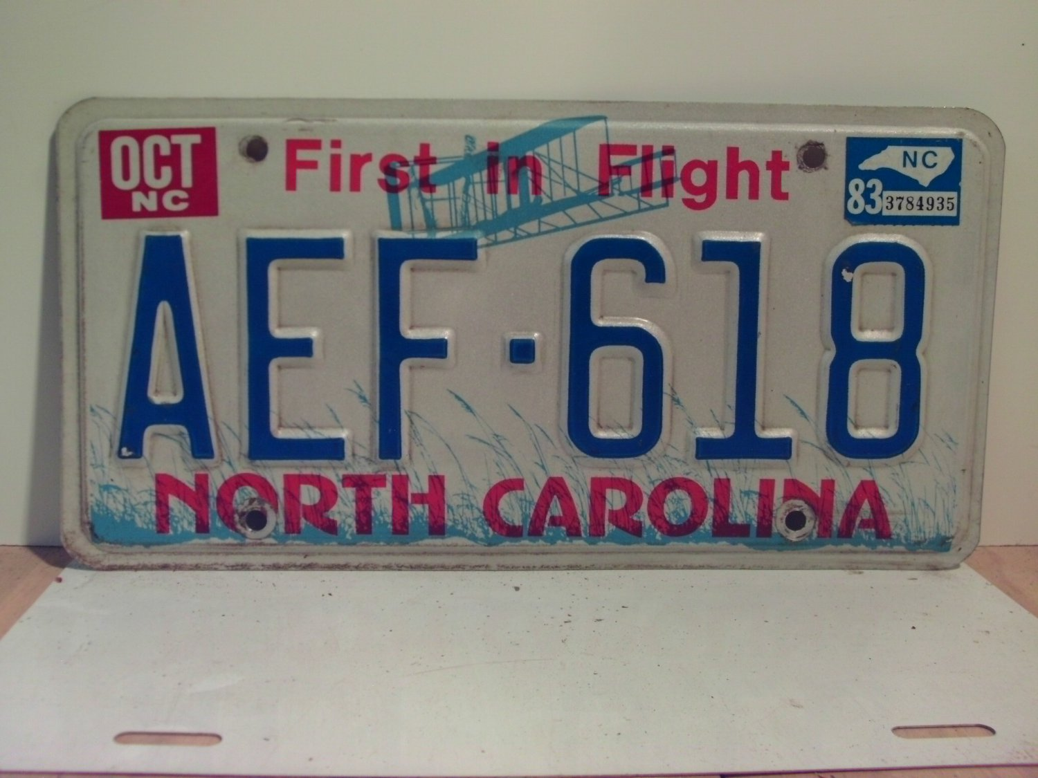 1983 North Carolina NC Passenger YOM License Plate AEF-618 Excellent!