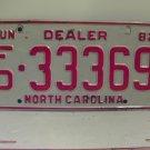 1982 North Carolina NC Franchised Dealer License Plate FD-33369 VG