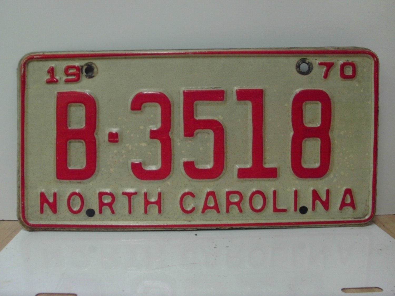 1970 North Carolina NC YOM License Plate B-3518 VG
