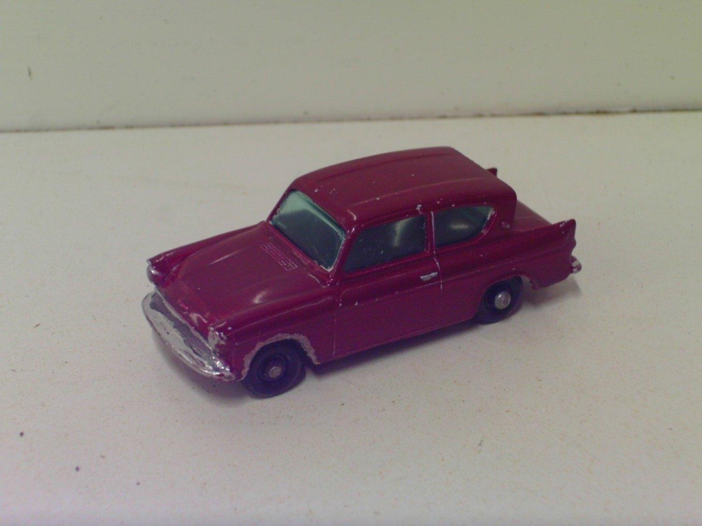 1960s Matchbox Regular Wheels #7 Ford Anglia Repaint