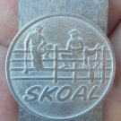 "SKOAL 2 COWBOYS ON  THE FENCE MONEY CLIP NEAT! ""NEW/UNUSED"""