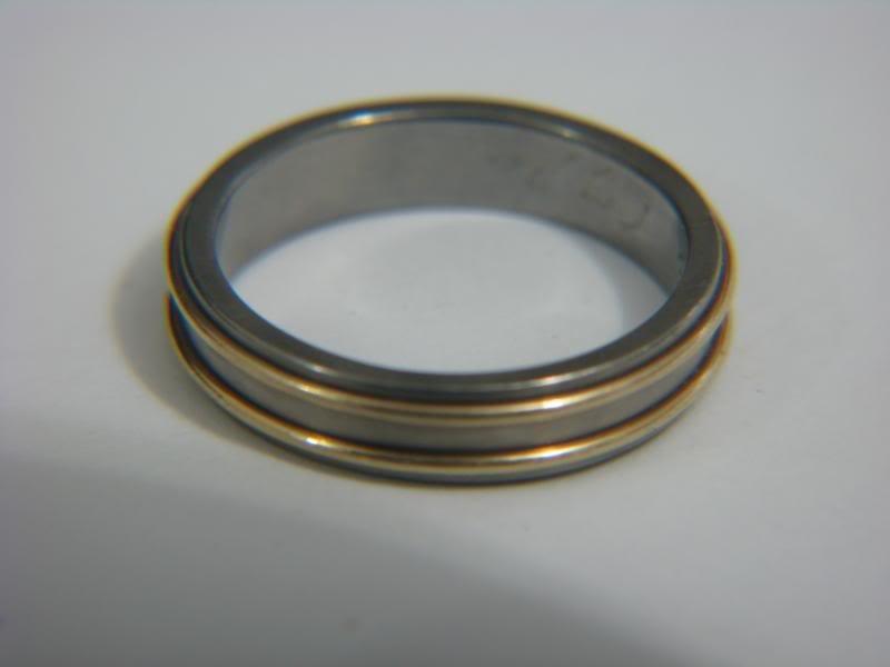 14k gold & titanium wedding band ring size 9 3/4