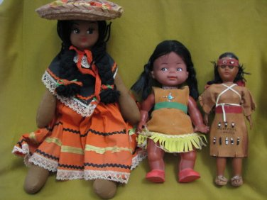 Lot of Vintage Hand made Native American Dressed Dolls