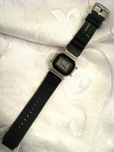 RARE CASIO SHOCK RESIST DW-5400 WATCH