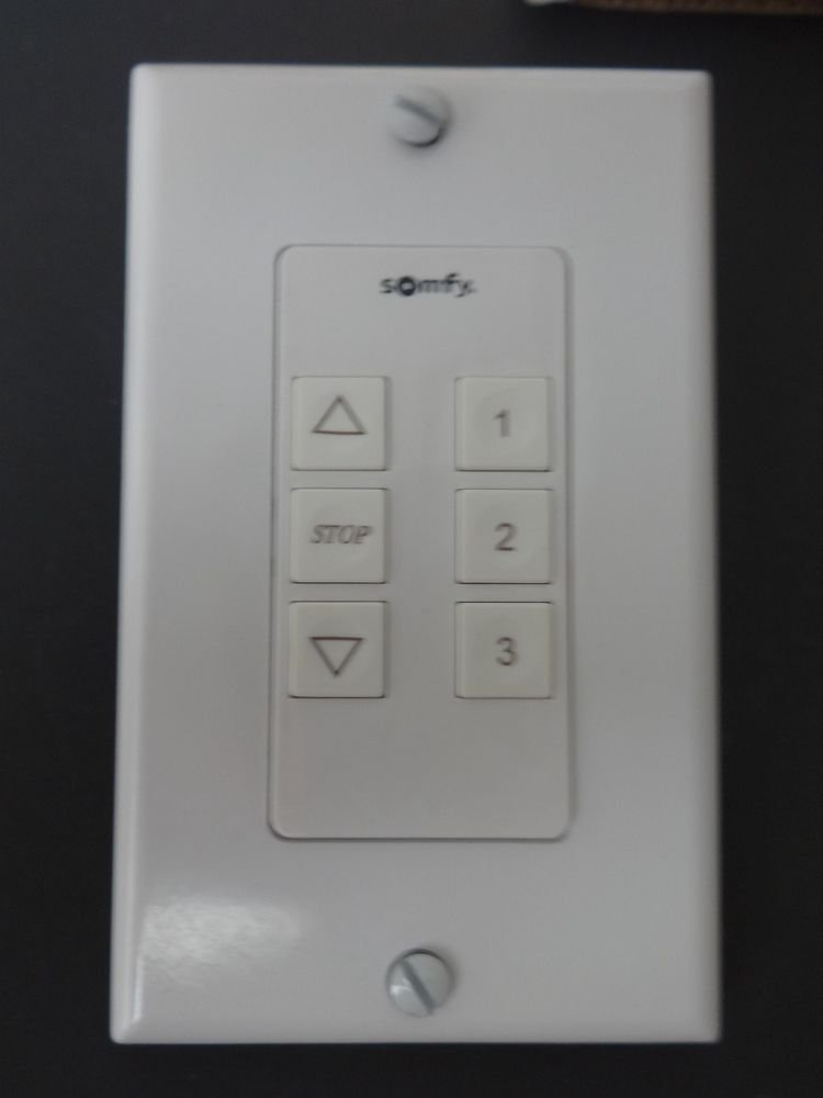 1 QTY: Somfy ILT : 2 SWITCH  : 6 BUTTON / WHITE (MPN # 1810828)