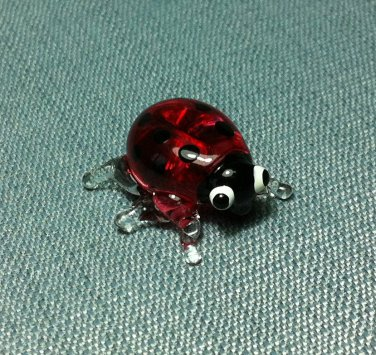 Ladybug Red Miniature Funny Animal Hand Blown Painted Glass Statue Figure Small Craft Collectible