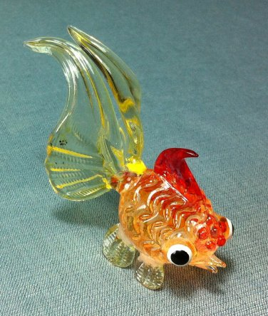 Goldfish Fish Miniature Animal Hand Blown Painted Glass Statue Figure Small Craft Collectible