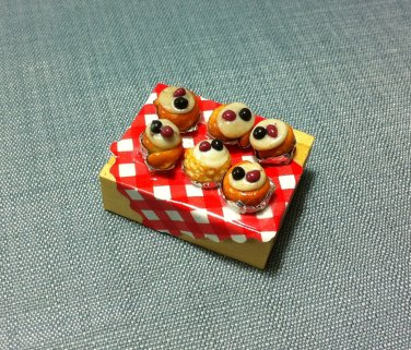 Doughnuts Fritters Set Cakes Tray Display Food Clay Fimo Dish Miniature Dollhouse Jewelry Decoration