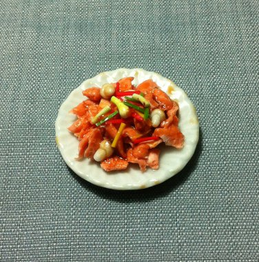 Basil Chicken Plate Dish Asia Food Meal Clay Fimo Ceramic Miniature Dollhouse Jewelry Decoration