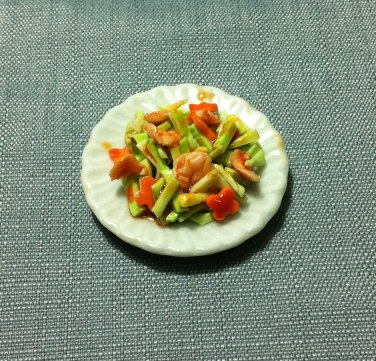 Chicken Salad Plate Dish Asia Food Meal Clay Fimo Ceramic Miniature Dollhouse Jewelry Decoration