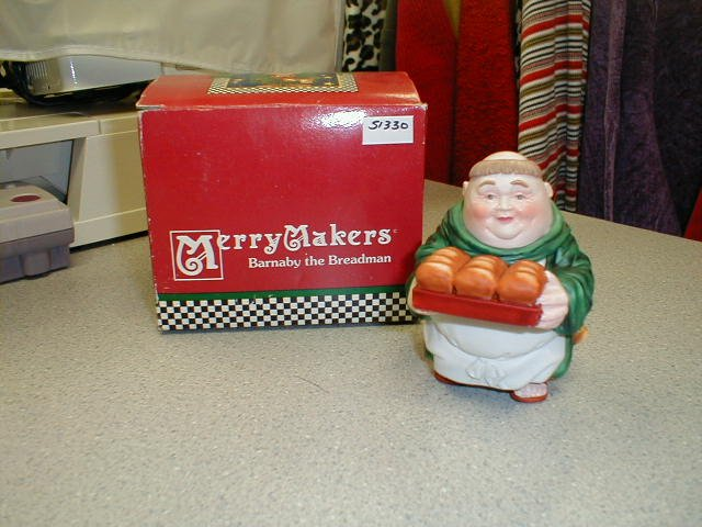 DEPARTMENT 56 MERRY MAKERS BARNABY THE BREADMAN - BRAND NEW!