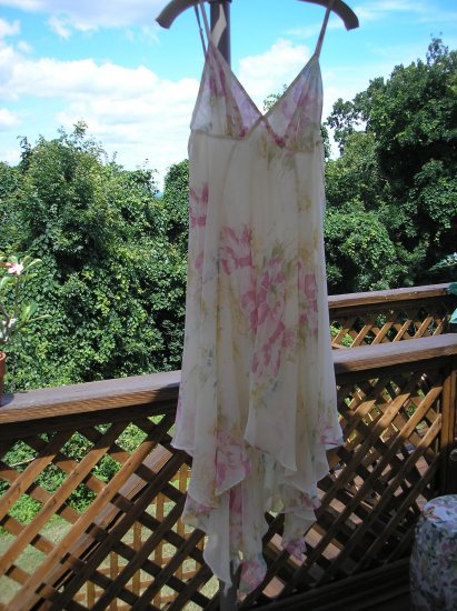 VICTORIA'S SECRET Hankerchief Bottom Negligee GORGEOUS Size Small BRAND NEW WITH TAGS!