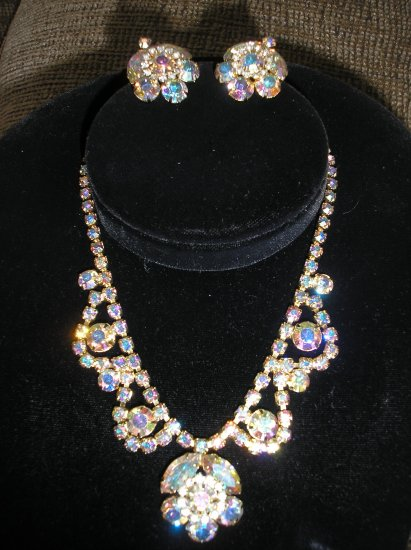 VINTAGE Necklace and Earring set - AURORA BOREALIS!!