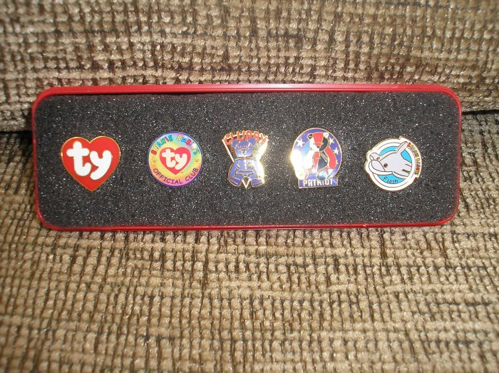 TY BBOC BEANIE BABY PIN SET of 5 in CASE with CHOCOLATE