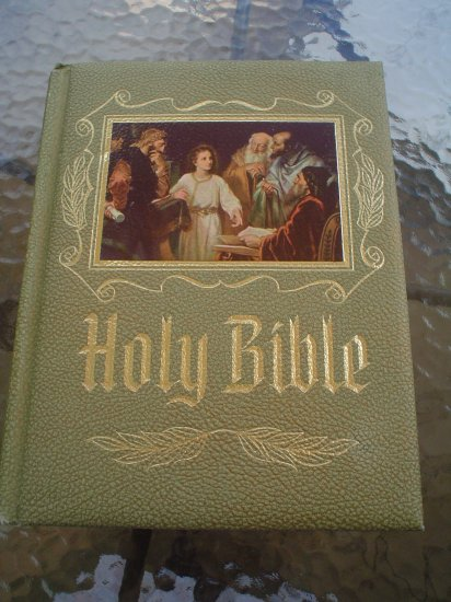 HOLY BIBLE-NEW AMERICAN BIBLE-CATHOLIC BIBLE PUBLISHERS 1975-1976 ED.-MAGNIFICENT HEIRLOOM EDITION!