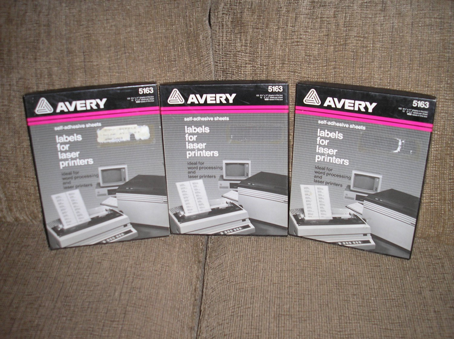 """AVERY 5163 WHITE SELF-ADHESIVE LASER LABELS - 2"""" x 4"""" by Avery - 1000 LABELS - NEW OLD STOCK!"""