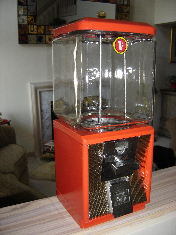 Northwestern 60 Series 1 Cent Gumball Machine Vintage