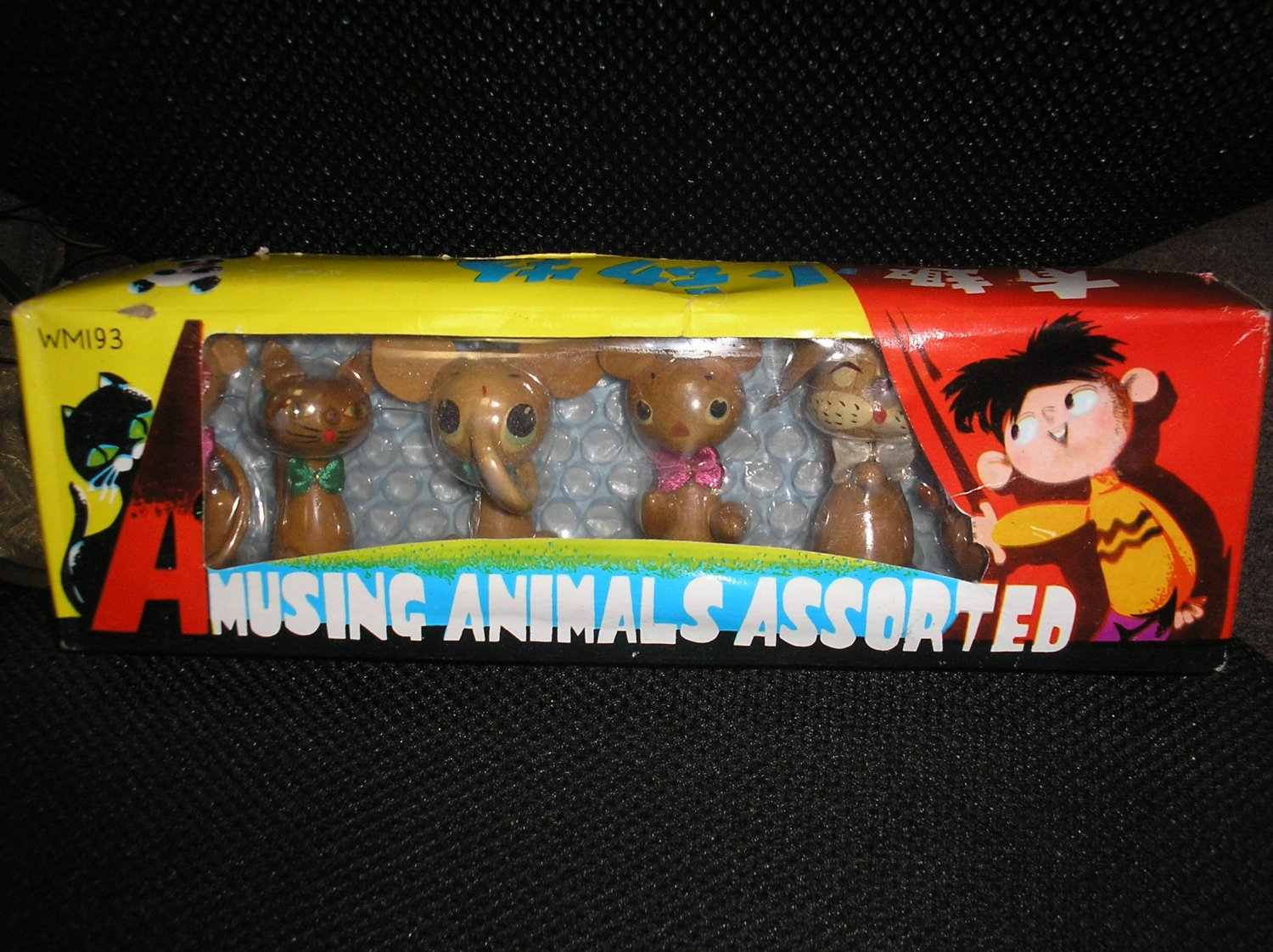 """VINTAGE WOODEN """"AMUSING ANIMALS ASSORTED"""" from CHINA in ORIGINAL BOX - #WM193!"""