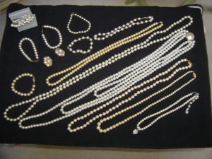 JEWELRY LOT of PEARL COSTUME JEWELRY-16 PIECES - GREAT FOR NEW CONSIGNMENT SHOP or VINTAGE BOUTIQUE!