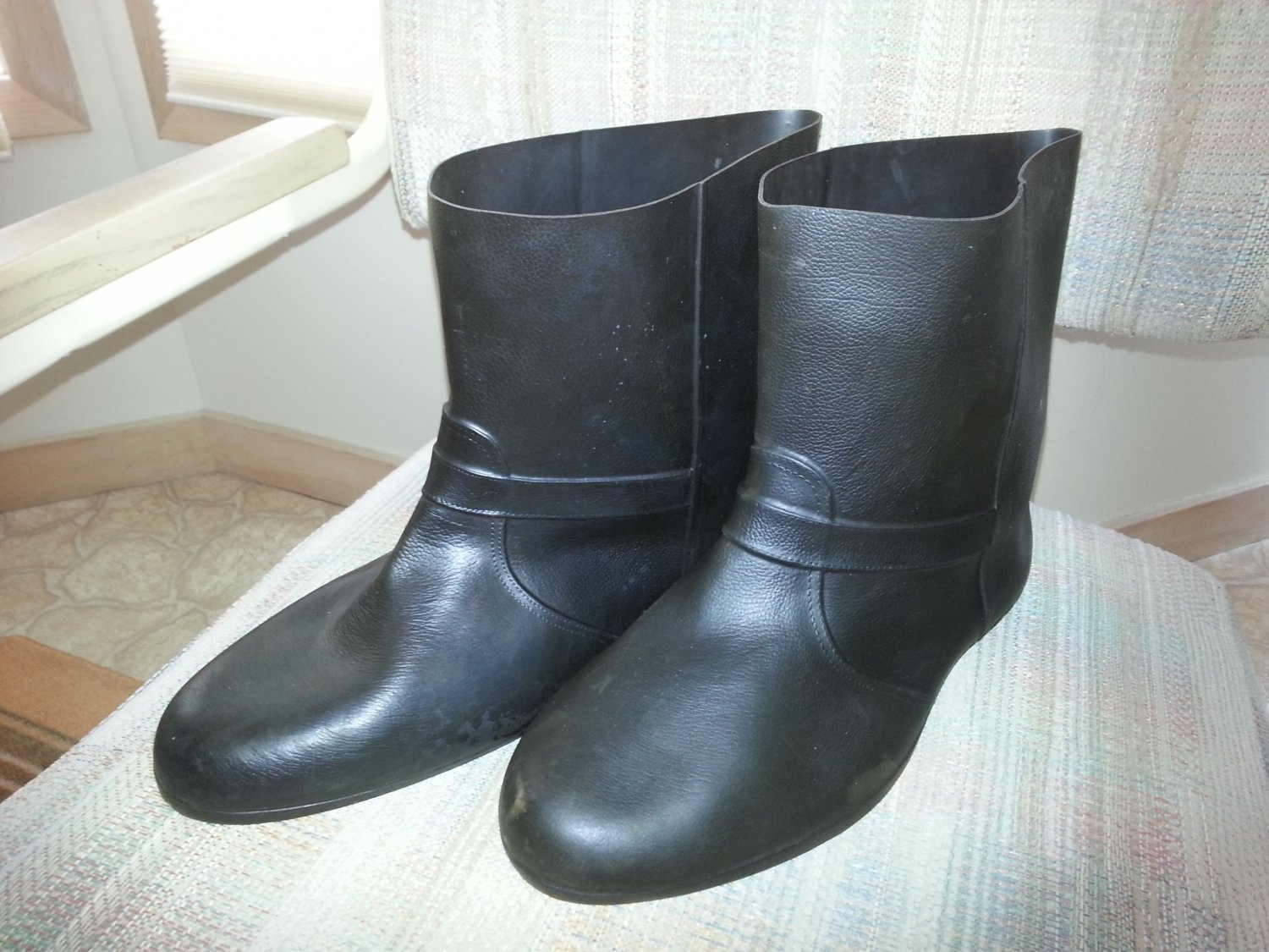 Vintage Totes Town Boots - 100% Rubber Overshoes