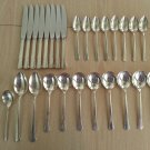 Oneida DEL MAR pattern silverplate from 1939 - 27 pieces!!
