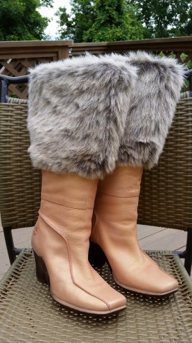 Women's Timberland Iridescent Peach Leather/Faux Fur Wedge Heel Boots - Size 8!