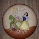 The Disney Collection Disney's Magic Memories Collections Snow White 3D Relief Plate!