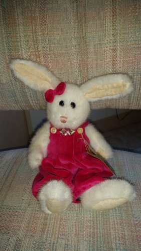 Ashleigh Bloombeary Easter Morning 4026261 Boyd Bear Easter