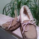 UGG Dakota Slipper in Tobacco with Pink Laces - Size EUR 40 US 9!