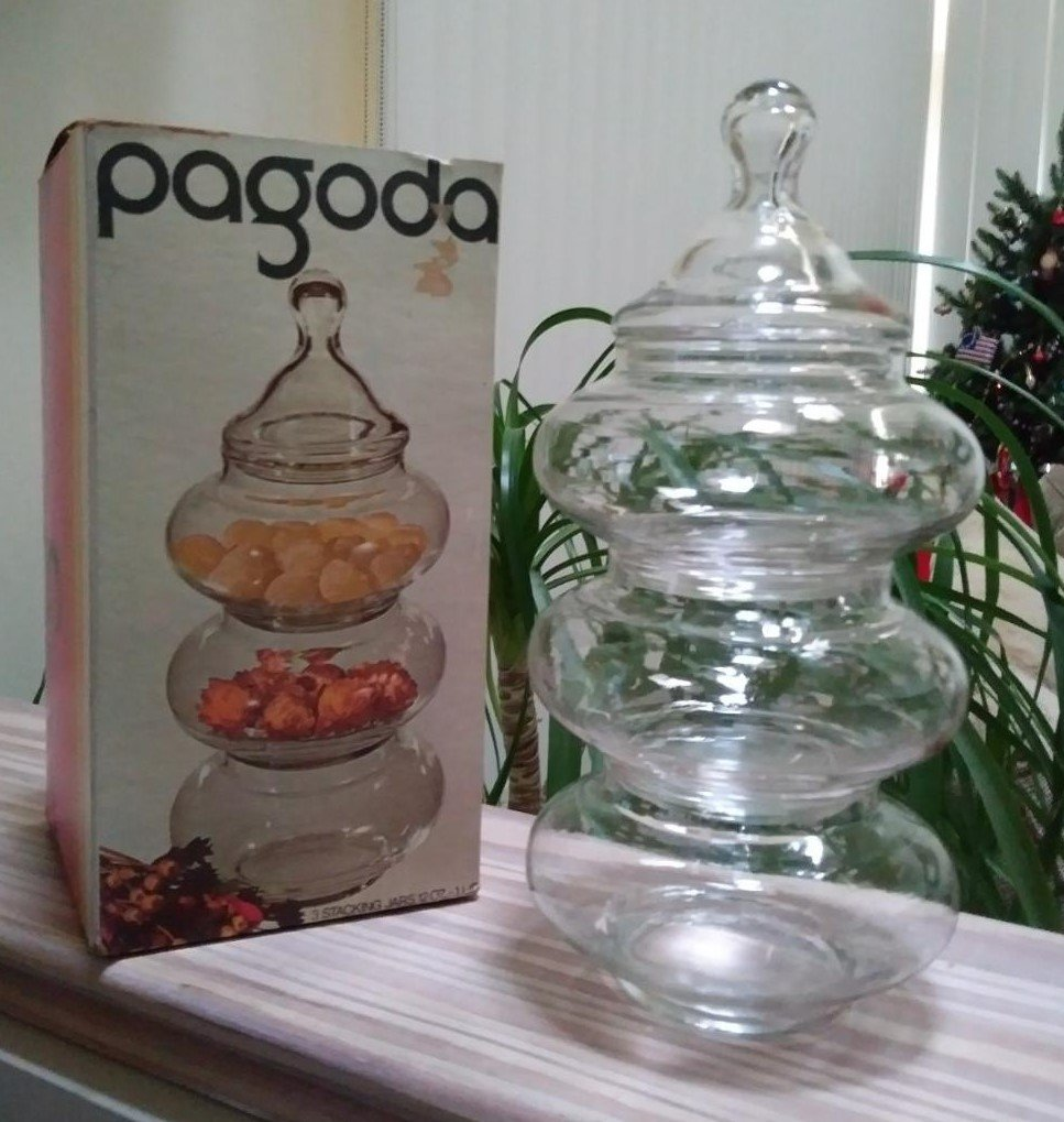 Vintage 1970�s Stacking Jar Set � The Pagoda � By Anchor Hocking � Stacking Apothecary Jars!