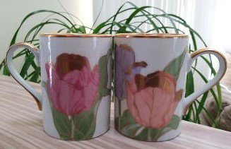 Fitz and Floyd Tulipe D'Or 1982 Japan Gold Pink Lilac Tulip Mugs Cups - Lot of 2