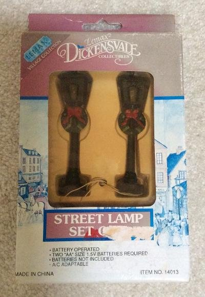 Lemax Village Collection - Dickensvale Collectibles - Street Lamp Set of 2 #14013!