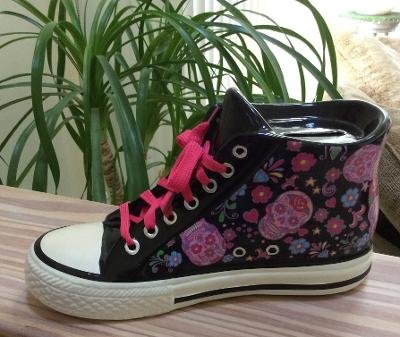 Day of the Dead - Dia de los Muertos Skull Lace-Up Sneaker Ceramic Bank - F A B StarPoint!