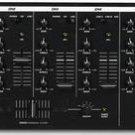NUMARK CM200 5Ch 19-In Mix 3Bd Eq 10Ln 3Ph