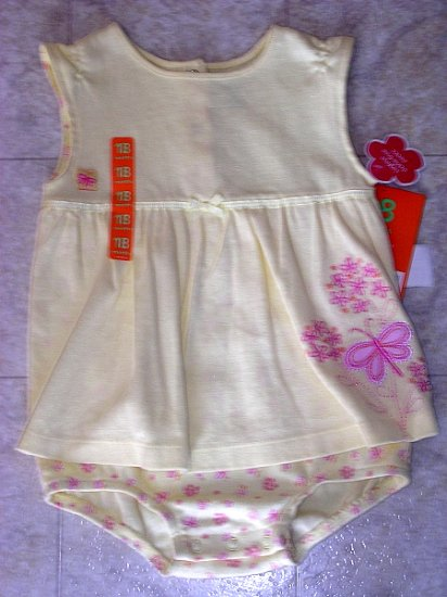 Carter's romper NWT 18 months