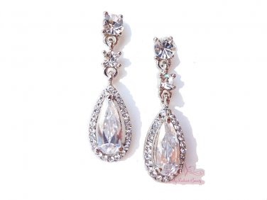 Flower Teardrop Clear Zircon Crystal Pierced Earrings ER0007