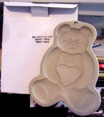 Pampered Chef Teddy Bear Cookie Mold NEW