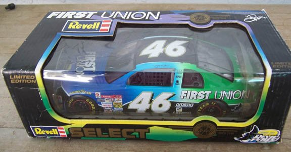1998 Revell NASCAR Jeff Green #46 First Union 1:24