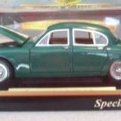 Maisto 1959 Jaguar Mark II Green Diecast 1:18 NEW