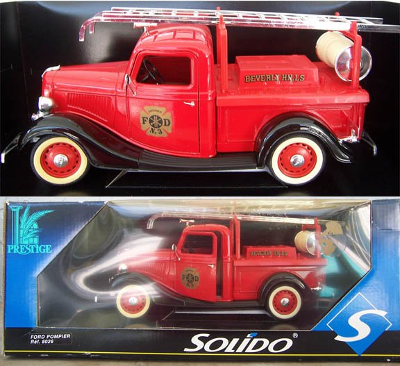 Solido Ford Pompier #8026 Red Fire truck NEW in Box