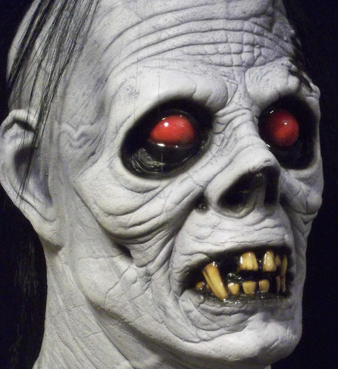 Albino Ghoul White Zombie Undead Walking Dead Halloween Mask