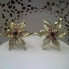 "Sarah Coventry vintage clip earrings ""Fashion Flower"" in goldtone 1968"