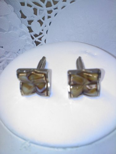 "Sarah Coventry 1962 ""Smart Set"" cufflinks set in goldtone"