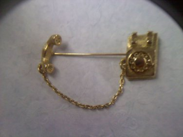"""Avon """"Young Reflections Telephone Pin"""" in goldtone 1981"""