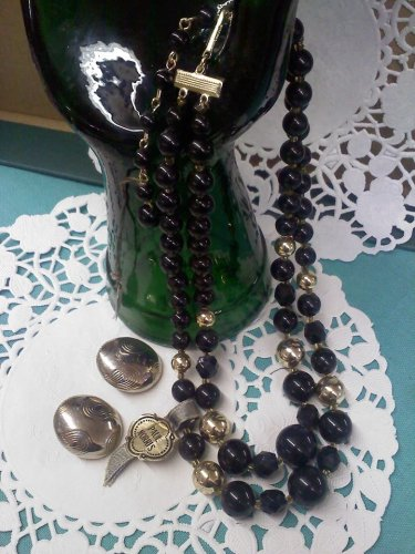"""""""Paul Morris - Jet Fantasy"""" Japan necklace with clip earrings in black and rosy silver gold"""