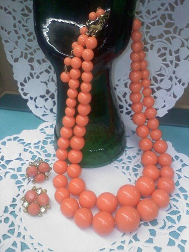 Coro - bright, coral, melon colored graduated bead necklace with screw back earrings