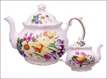 Spring Garden 4 Cup English Bone China Teapot - Berta Hedstrom