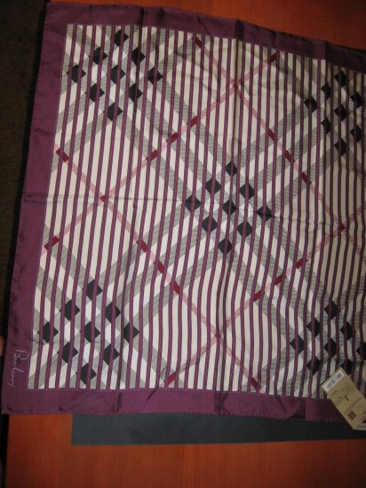 NWT  Authentic Burberry 100% Silk Check Scarf