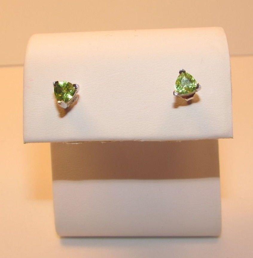 1.1 Ct Peridot 925 Sterling Silver Trillion Stud Earrings
